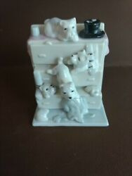 5 Scottie Scottish terriers PUPS HUMOUROUS on a dresser figurine FAIRING LIKE