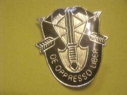 Us Military Special Forces Di Pin Crest Medal Badge Clutchback Insignia N67