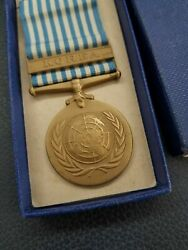 Rare Original Korean War United Nations Service Medal With Ribbon And Issued Box