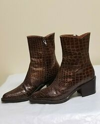 Gianfranco Ferre designer brown ankle boots made in Italy size 6 $164.00