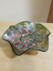 Vintage Fenton Green Carnival Glass Grape And Vines 9 Bowl .