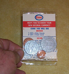 Vtg Esso New Zealand Australia Plastic Coin 1 Cent Shilling Model Toy Gas Pump