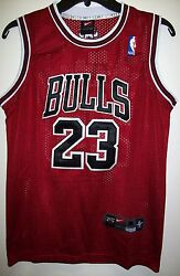 YOUTH Chicago BULLS #23 JORDAN  Jersey   RED WHITE or BLACK S M L XL  YOUTH