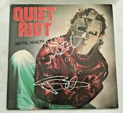 Autographed/signed Quiet Riot Metal Health Vinyl Kevin Dubrow +3