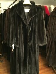 Chicago Fur Mart Size 12.classic Loose Sleeves Ranch Female Mink Coat.18000.00