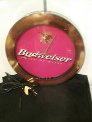 Round Neon Light With Clock Budweiser King Of Beers 2000 Red Works Great.