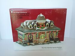 New And Nrfb St. Nicolas Square Christmas Village Lighted House Train Station