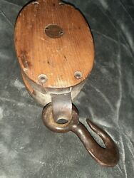 Antique Vintage Wooden Block Tackle Pulley Barn Farm Boat Nautical Tools