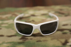 Oakley Authentic MPH Style Swithch Pol White White w Gray OO9194 26 $45.39