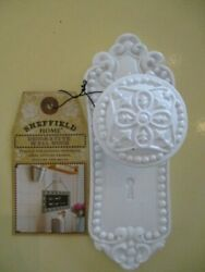 NWT WHITE SHEFFIELD HOME DECORATIVE WALL HOOK FRENCH COUNTRY LOOK