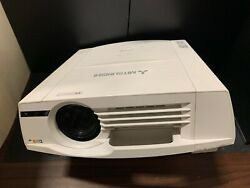 MITSUBISHI XL5980U PROJECTOR 5500 LUMENS ONLY 72 LAMP HOURS