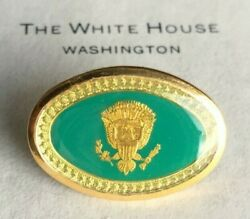 Ronald Reagan -- Rare Vintage Presidential Guest Pin -- White House-issue