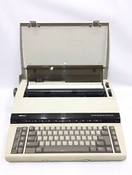 Sears Sr2000 The Electronic Scholar Electric Portable Typewriter Excellent Cond
