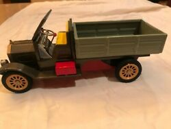 Tin Crank Up Friction Truck Works Great Made In Japan