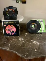 2 Vintage 45rpm Of The Four 4 Seasons, Dawn Plus More, Vee Jay Records