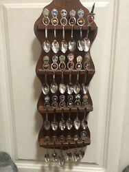 Souvenir Spoon W/hanging Charms Mixed Lot Of 24 Usa, Cruise Ship With Display
