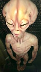 Alien Extraterrestrial Life Size Actual Movie Prop 1994 Roswell Ufo Cover Up