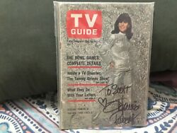 Stephanie Powers Signed To Scott 1966 Tv Guide/girl From U.n.c.l.e.-hart To Hart