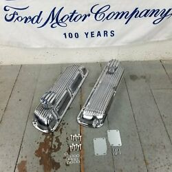 Sbf Ford Chrome Windsor Finned Engine Valve Covers Breathers 260-289-302-351w V8