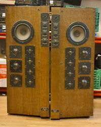 Pair Of Speakers. I Do Lab2. Wooden Box. 40-200 W. Germany. 1985.