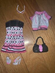 2006 Barbie Fashion Fever Black/white/pink Outfit Clothes And Accessories Mattel