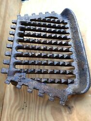 Vintage Old Antique Fire Grate Rare 2 Legs At Front 13x9x13.5 Rare Fixing