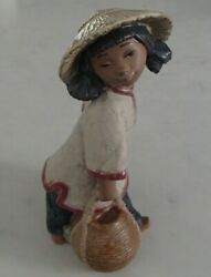 Lladro 2152 Chinese Girl Girl Carrying 2 Heavy Water Jugs Gres - Mwob, Rv370