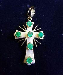 Vintage Colombian Emerald 18k Yellow Gold And Cross Pendent Jewelry