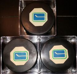 Lot Of 3 Vancouver Canucks Ccm Converse Art Ross Game Puck S 1969-77 Usa Tyer