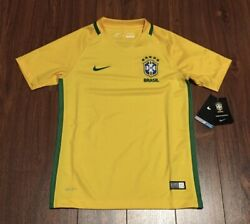 Brazil Nike Soccer Football Jersey Youth Large New With Tags