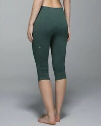 Lululemon In The Flow Crop Ii Size 2 Heathered Forest Green Crop Tight Legging