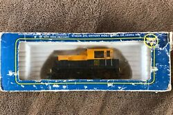 Large Mixed Lot Model Trains Ho Scale. Over 150 Tyco,atlas, Misc. Track, Models