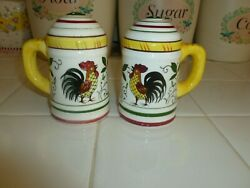Nice Vintage Ucagco Py Rooster And Roses Salt And Pepper Shaker Set