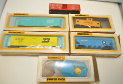 Bachmann Ho Trains Box Cars Mix Lot Of 5 And Power Pack