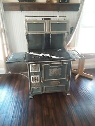 Antique Vintage Home Comfort Wood Cook Stove Wrought Iron Company