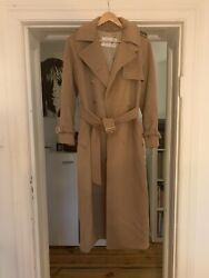 Gorgeous Timeless Classic Max Mara First Line Coat 100 Camel Hair