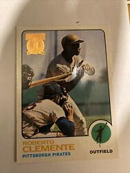 Roberto Clemente 3000 Hits Topps Card