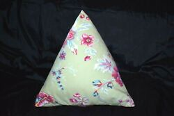 Les Olivades Triangle Pillow 100 Cotton Green Pink Great Condition