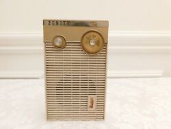 Zenith Vintage Transistor Radio, Model R265l For Parts Or Repair, Not Playing