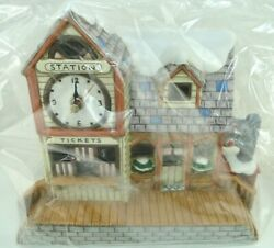 Lefton Colonial Christmas Village Mulberry Station 07344 New Free Shipping