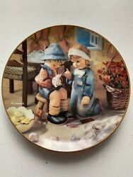 """M.i. Hummel Plate Collection """"tender Loving Care"""" 1990s Little Companions Plate"""