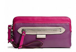 NWT $158 Coach Daisy Large Zip Wristlet Leather Wallet Purple Card Clutch NEW $63.00