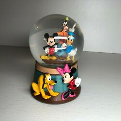 Disney Musical Snow Globe Mickey Mouse Minnie Mouse Goofy Donald Duck Plut Video