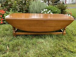 Ethan Allen Oval Drop Leaf Coffee Table 18-8000 Circa 1776 Collection