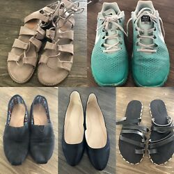 Lot Of Women's Shoes Size 8 To Size 9 Nike Toms American Eagle Nine West