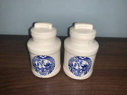Vintage Ceramic Salt And Pepper Shaker Chinese Blue And White