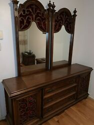 Vintage Italian Style 6 In 1 Bedroom Deluxe Set Massive Wood Local Pickup Only