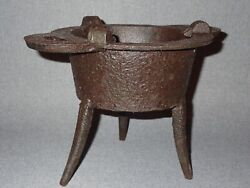 Rare Sand Cast Iron Revolutionary War Soldiers Spider Cook Stove