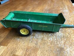 3 Generations Of John Deere Manure Spreaders All 1/16th Scale