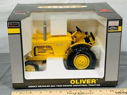 Oliver 880 Twin Engine Industrial Tractor 116 Toy Tractor Limited Edition Nib